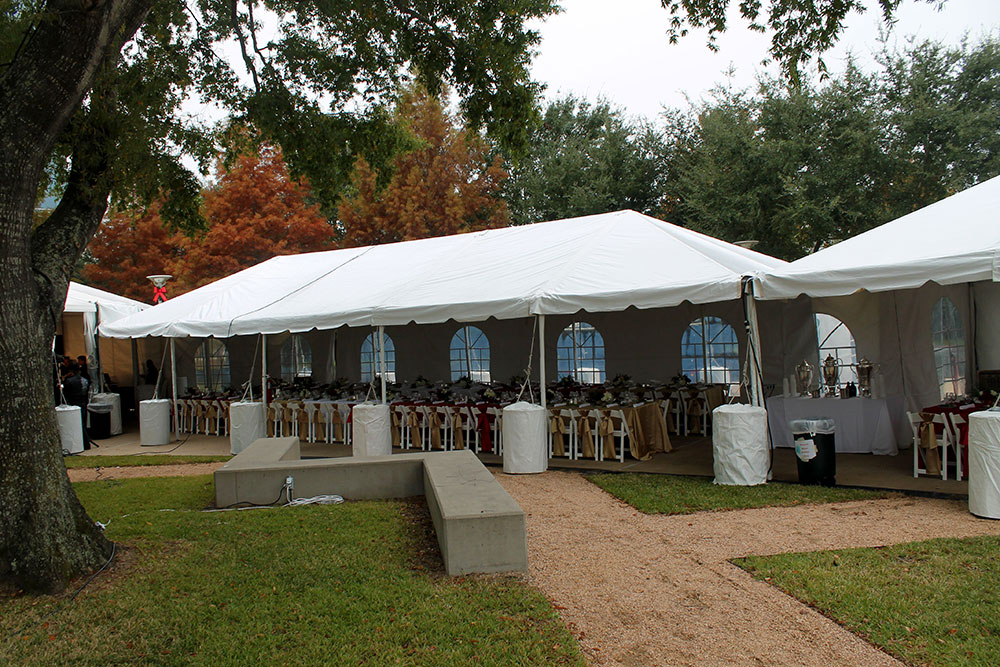 Looking for a wedding tent? Frequently asked questions get answered