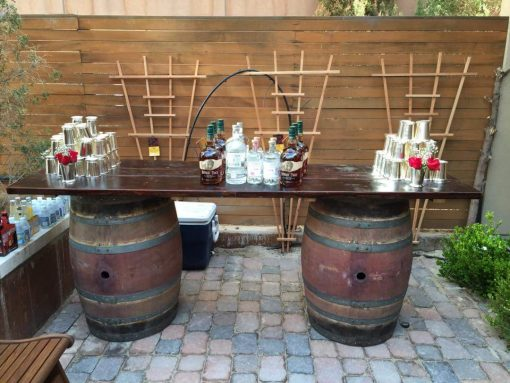 Wine Barrel Bar (2)