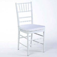 White chiavari chair w/ pad
